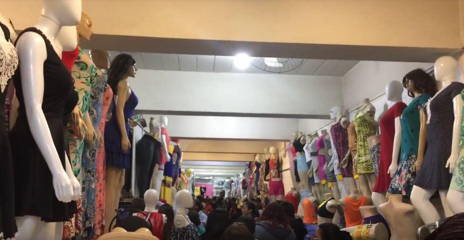 f98c9abca O Paraíso das compras em SP  conheça a feirinha da madrugada e o brás –  Blog Te Vejo Por Ai